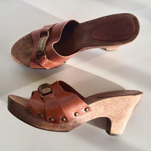 37ba48694672 Dr. Scholl s Shoes - Dr Scholls wooden Clogs